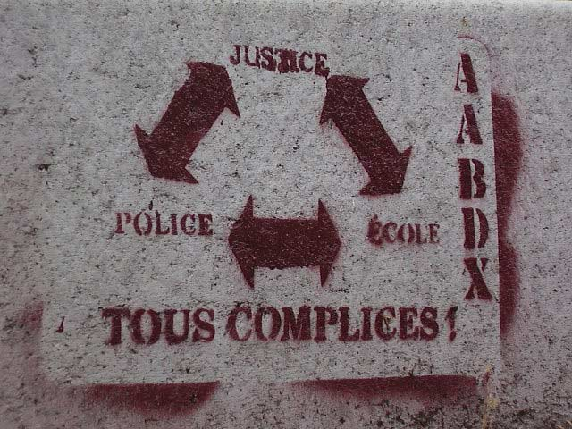 http://fragmentdetags.files.wordpress.com/2010/09/police-ecole-justice-complices.jpg